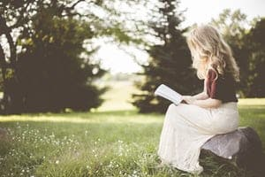 Proofread Anywhere course reading a book